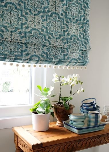 Roller Blinds And Jalousie